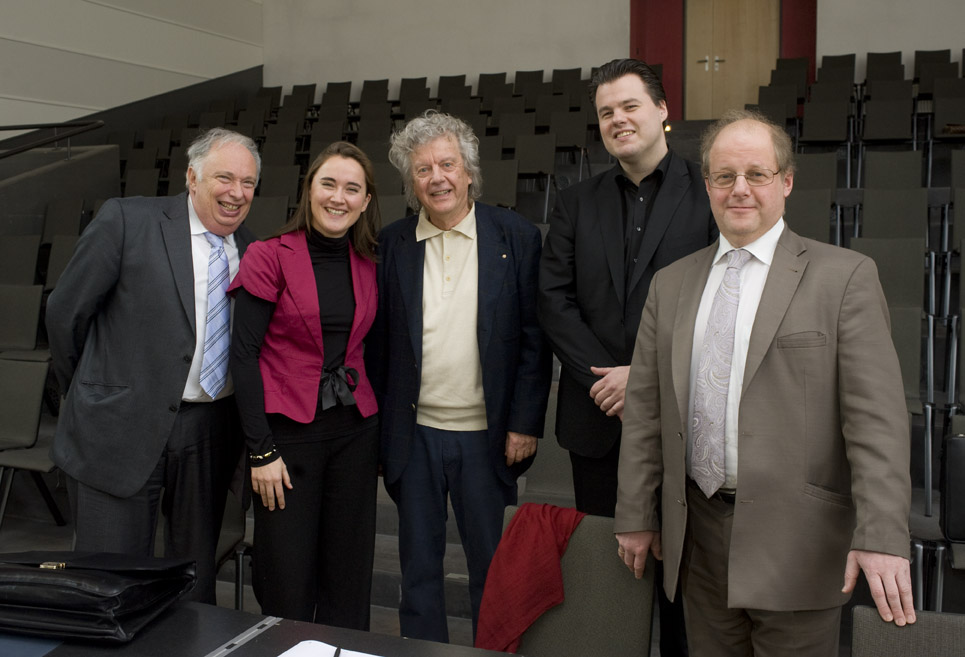Juroren Rahn Musikpreis 2012 vlnr.: Wolfgang Manz, Maria Gabrys, Marc Andreae, Henri Sigfridsson und Ivan Klànsky