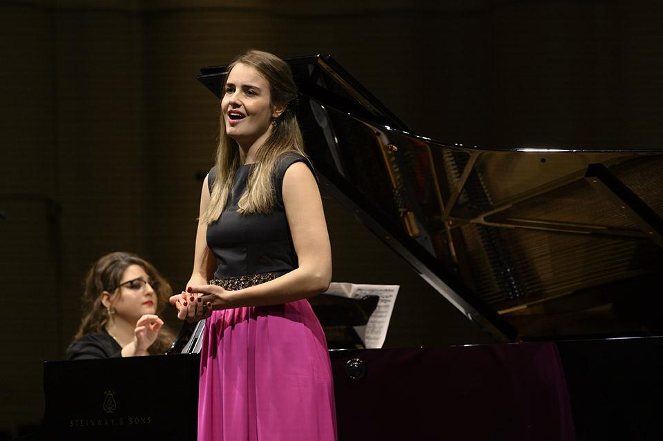 Nora Bertogg (Sopran) und Larisa Baghdasaryan (Klavier), Stipendiatinnen Rahn Kulturfonds